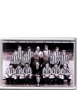 Newcastle United 1969 Fairs Cup Team (Fridge Magnet)