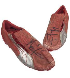 Mark Viduka Newcastle United Match-Worn Boots (Signed)