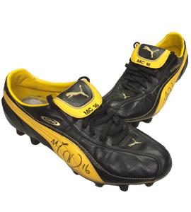 Michael Carrick Man Utd Match-Worn Boots (Signed)