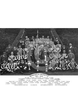 Newcastle United: Trophy Winners 1911-12 (Print)