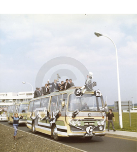 Newcastle United 1969 Fairs Cup Home Coming Bus (Print)