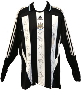 Newcastle United 08/09 Home Shirt (Signed)