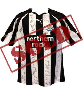 Newcastle United 2010/11 Home shirt (Signed)