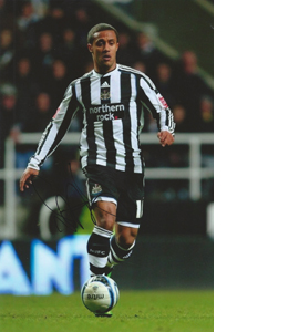 Wayne Routledge Newcastle Photo (Signed)