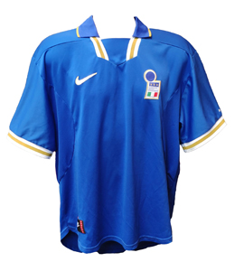Italy International Home Shirt 1996/97 (Official Euro 96 Nike)