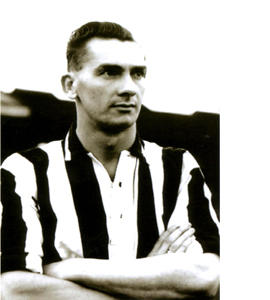 Jackie Milburn Newcastle United Footballer (Postcard)