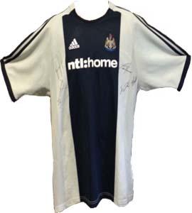 Newcastle United 2002/03 Away Shirt (Signed)