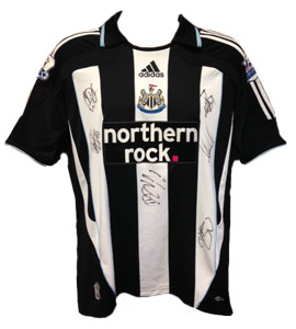 Newcastle United 2008/09 Home Shirt (Signed)