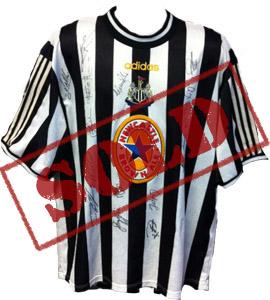 Newcastle United 1998/99 Home Shirt (Signed)