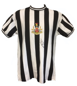 Newcastle United Shirt Signed by Terry McDermott (Signed)