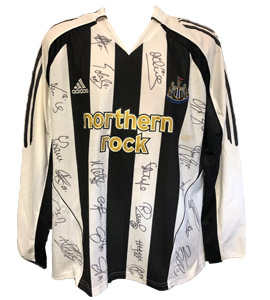 Newcastle United 2006/07 Home Strip (Signed)