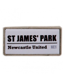 Newcastle United FC Official Pin Badge Street Sign Design