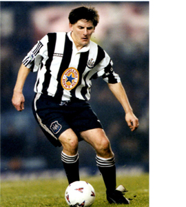 Peter Beardsley Newcastle United Footballer (Postcard)
