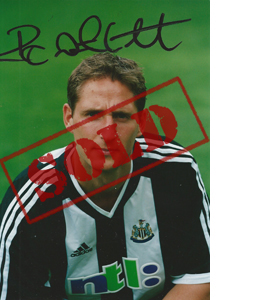 Robbie Elliott Newcastle Photo (Signed)