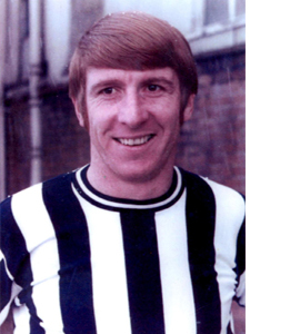 Wyn Davies Newcastle United Footballer (Postcard)